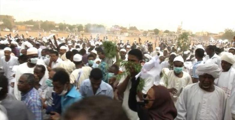 تظاهرات بجامعة الخرطوم وميدان المولد