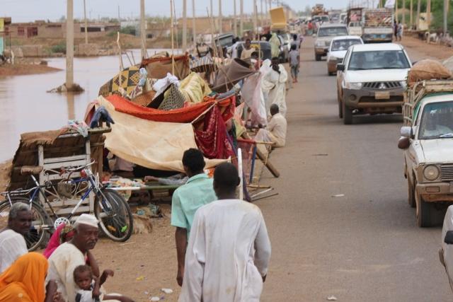 مشاهد غرق شرق النيل فى الجمعة اليتيمة