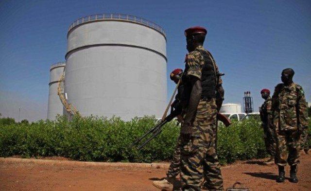 اتفاق بين البشير وسلفاكير لتمديد مهلة تصدير نفط جنوب السودان اسبوعين اضافيين