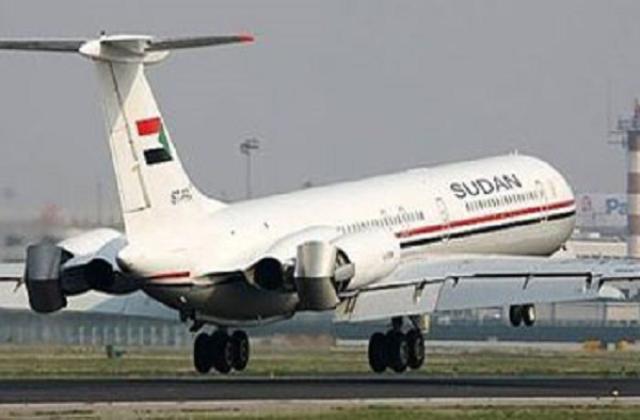 لجنة للتحقيق في  ملابسات منع طائرة البشير من عبور اجواء السعودية