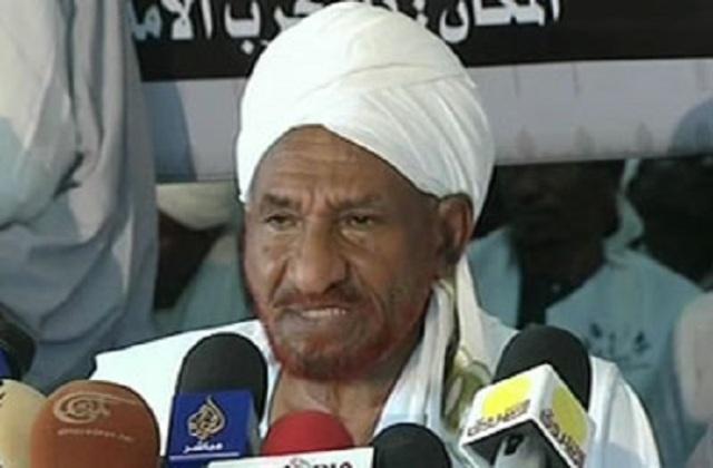 """""""الوطني"""" يتهم المهدي بتحويل إغاثة 1988م إلى مخازن حزبه"""
