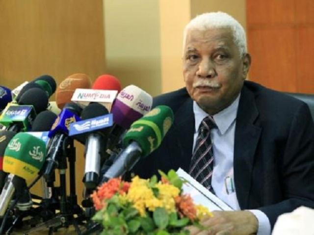 """الحكومة تصف الوضع الراهن بـ """"الكارثة""""  وتدعو سكان الجزر والشواطئ للمغادرة"""