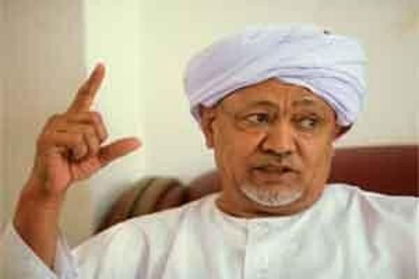 الطيب مصطفى يصف شركاءه بالغدر والخيانة والاستبداد