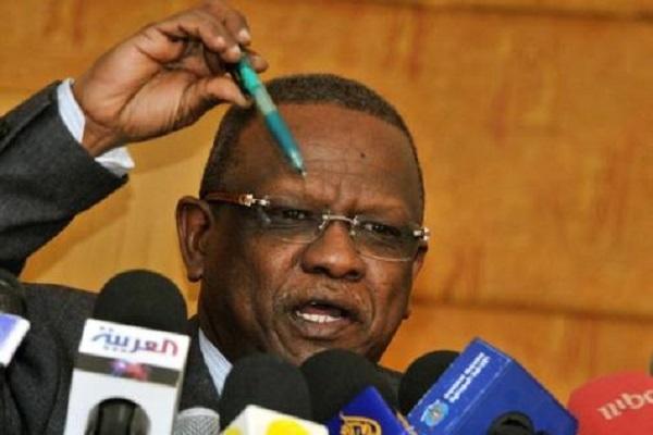 محمد عطا يتهم العدل والمساواة باختطاف رئيس الوزراء الليبي