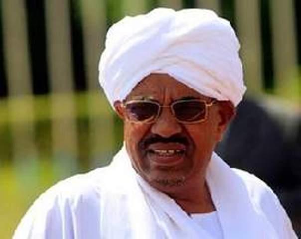 البشير: نمهد لحملة عسكرية كبرى تكسر شوكة التمرد نهائياً فى دارفور وجنوب كردفان
