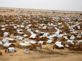 السلطات تُمهل النازحين ( 60) يوماً لتفكيك معسكرات السلام وأبوشوك