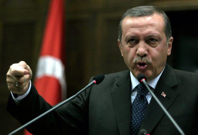 شعبية إردوغان تتراجع بشدة بسبب الأزمة السياسية في تركيا
