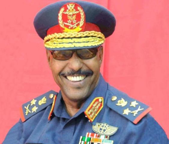 وزير الدفاع السوداني في القاهرة اليوم ويلتقي السيسي