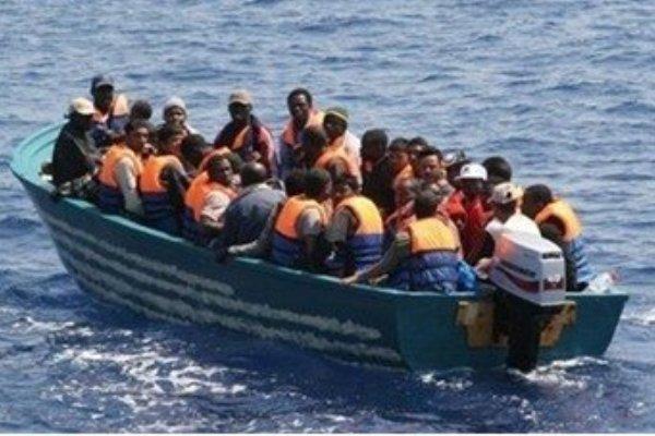 """لاجئون  في اندونيسيا لـ """" التغيير"""". أمامنا  مراكب الموت """" و خلفنا جحيم السجون"""