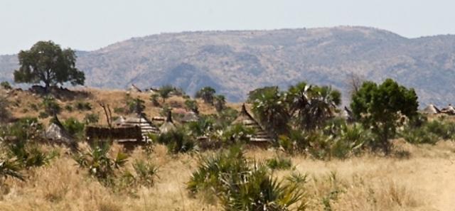 حريق (335 ) منزلاً في جنوب دارفور