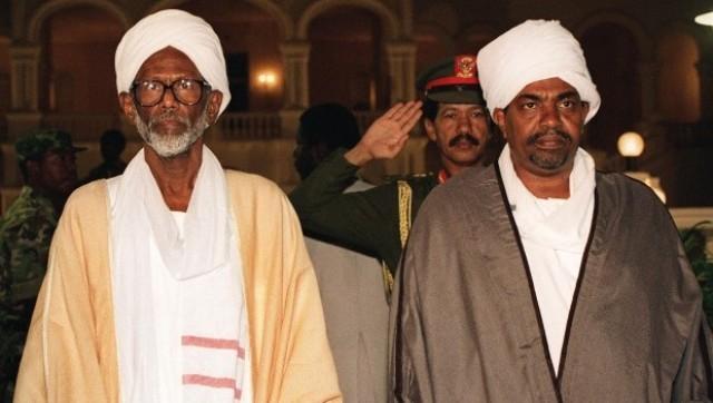 حوارات في نهر النيل لتوحيد جناحي الشعبي والوطني في الحركة الإسلامية.