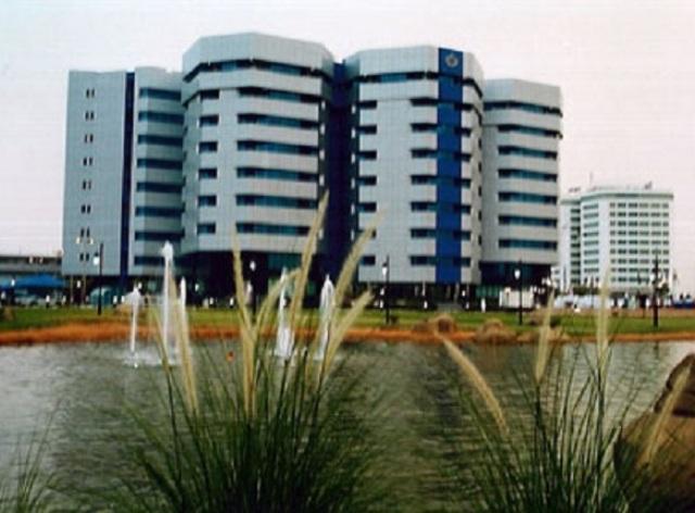 وقف التعامل الدولي مع البنوك السودانية : خطوة اخري نحو الانهيار الاقتصادي الشامل