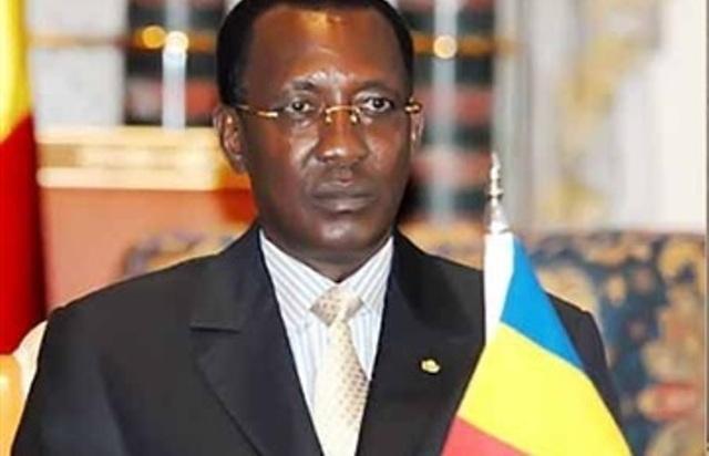 الرئيس التشادي يصل إلى بورتسودان ويتفقد موانئ ومنشآت سودانية