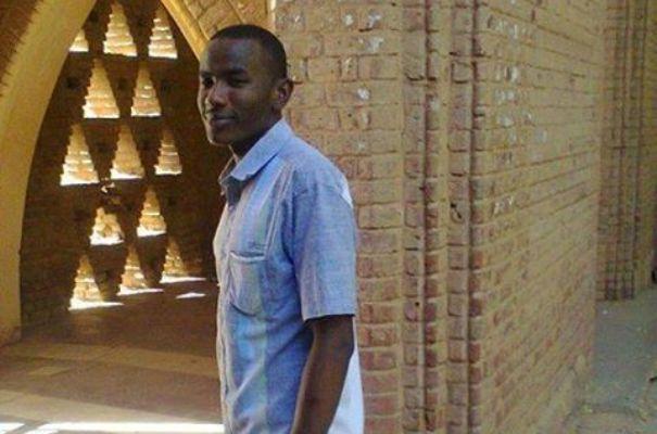 مقتل طالب خلال مظاهرات بجامعة الخرطوم والسلطات الامنية تحظر نشاط طلاب دارفور بالجامعات
