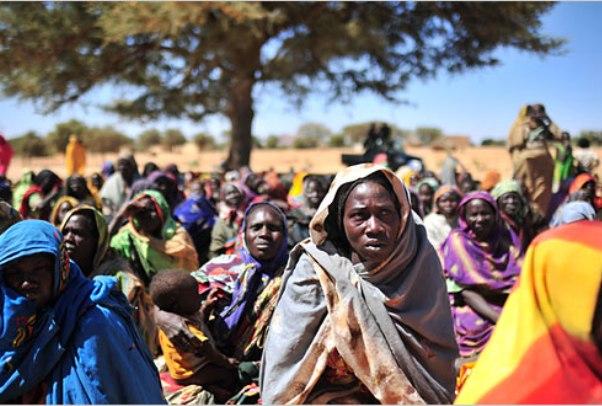 سفينة مساعدات أمريكية للنازحين في دارفور