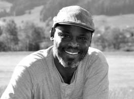 عبد العزيز بركة ساكن :مجلس المصنفات الأدبية والفنية معوق لحركة النمو الثقافي في السودان