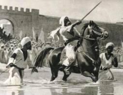فى كتابه (السودان،  جنوب السودان ودارفور)، اندرو ناتسيوس: ادار البريطانيون السودان بالنبلاء الذين استخدموا النبلاء ..!!