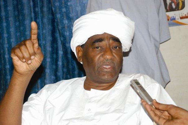 """انتقاد مليشيات الجنجويد وراء اعتقال رئيس حزب المؤتمر السوداني الذي يواجه تهمة""""تقويض النظام الدستوري"""