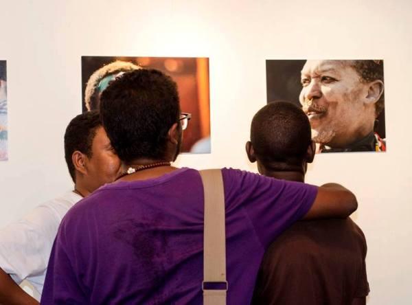 المصور الفتوغرافي خالد بحر يفتتح معرض الضفة الاخرى في القاهرة