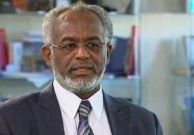 """كرتي يعترف بالحصار العربي على السودان ويتناقض مع عبد الرحيم في دعم """" حماس"""""""