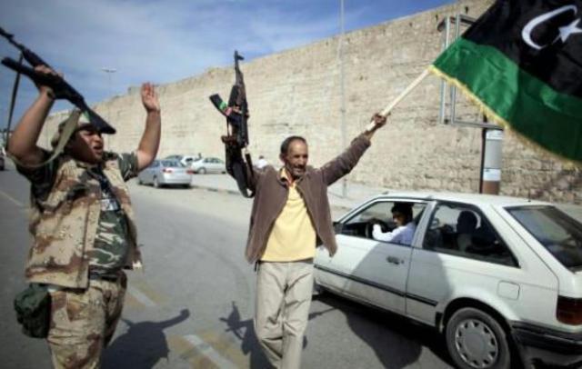 كشفت عن قتل(18) مواطنا: الحكومة السودانية  تؤكد عدم رغبتها في اجلاء السودانيين من ليبيا وتتهم دولا اجلت رعاياها بالتمهيد للتدخل الاجنبي