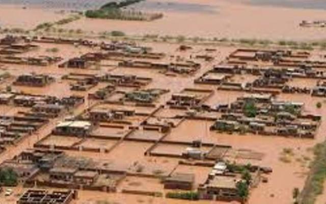 الهلال الأحمر : 32 ألف أسرة منكوبة بالسيول والامطار ونقص حاد في المعينات