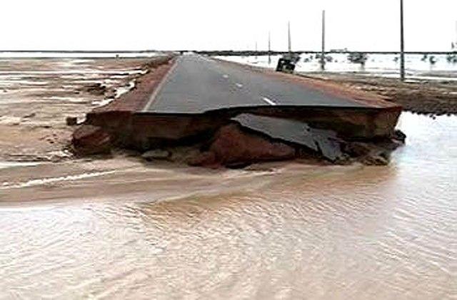 السيول تجتاح نهر النيل وتقطع طريق ( الخرطوم – أبوحمد )