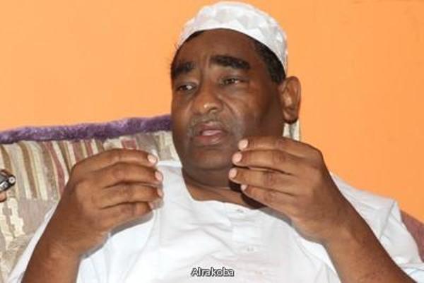 جهاز الأمن يمنع ابراهيم الشيخ من السفر ويصادر جواز سفره من مطار الخرطوم