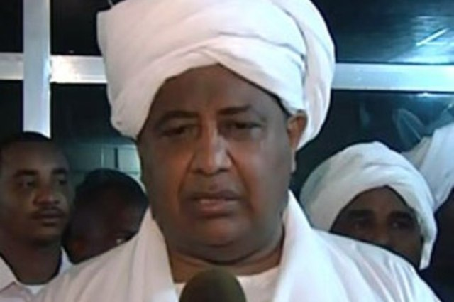 غندور : الحركات المسلحة طرحت قضايا خارج دارفور