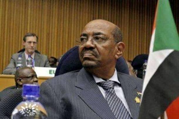 البشير يصل أثيوبيا اليوم