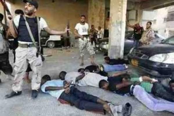 ليبيا تمنع دخول السودانيين الى أراضيها