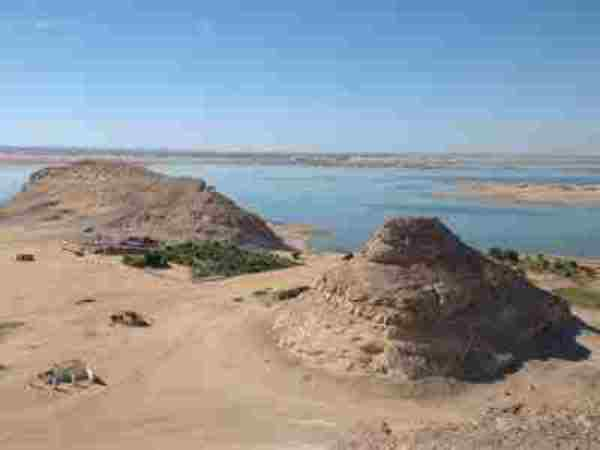 سكان معسكرات دارفور فى خطر بسبب البرد وشلل للحياة فى حلفا