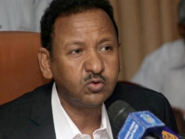 مصطفى عثمان: أبو عيسى ومدني وعقار اعتقلوا بسبب الانتخابات