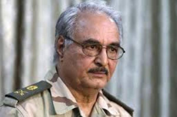 حفتر : السودان وقطر وتركيا يدعمون المتشددين فى ليبيا