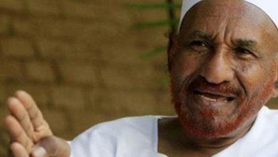 Photo of المهدي: انصار النظام يشترون الدولارات من النقود التي طبعت في عهد البشير