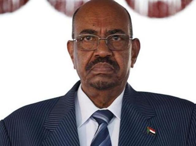 البشير: النزاع القبلي في دارفور وصل مستويات خطيرة