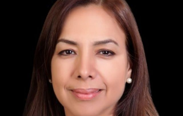 """عائشة البصري تفوز بجائزة دولية لكشفها """"حقيقة"""" اليوناميد"""