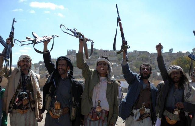 الحوثيون يمنعون طائرة سودانية من الهبوط بمطار صنعاء لإجلاء الرعايا