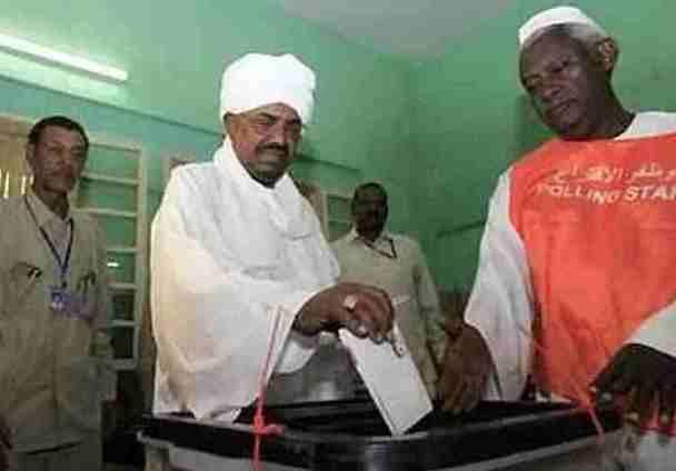 فيديوهات ساخرة من الانتخابات ومصادر تؤكد أن نسبة التصويت (15%)