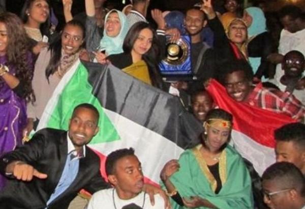 فوز السودان بالمركز الأول بمهرجان الشعوب بجامعة عين شمس