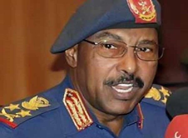 وزير الدفاع يفتح بلاغا ضد صحفي كشف معلومات عن مصرع الزبير محمد صالح