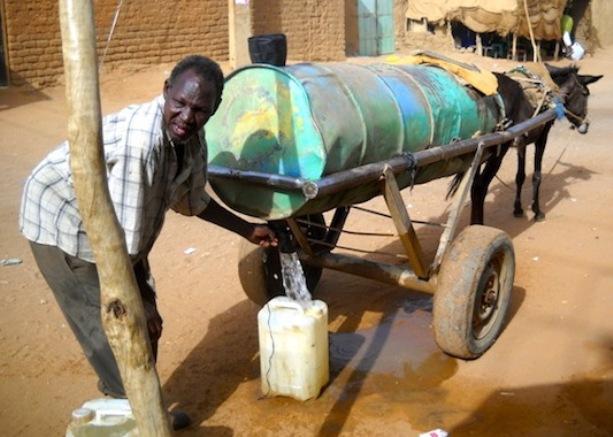 تواصل قطوعات الكهرباء والمياه بالخرطوم