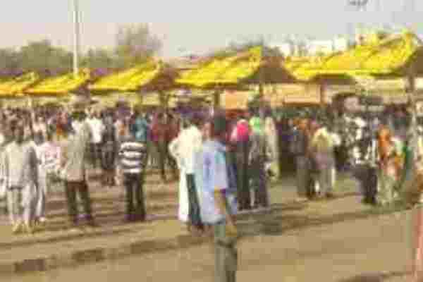 أزمة مواصلات في الخرطوم وزيادة التعرفة وقت الذروة
