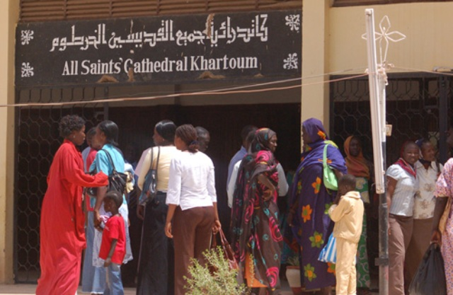 إدانة فتيات مسيحيات بتهمة ارتداء الزي الفاضح