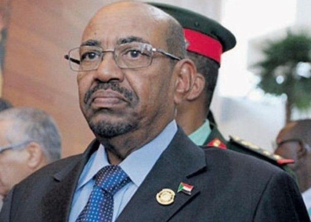 البشير: استفتاء دارفور في أبريل