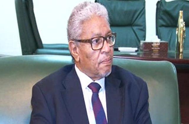 وزير العدل يتهم المواطنين بالتورط في الفساد