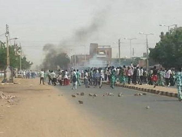 قيادات شبابية تفسر برود الشارع السوداني تجاه مفاوضات أديس أبابا