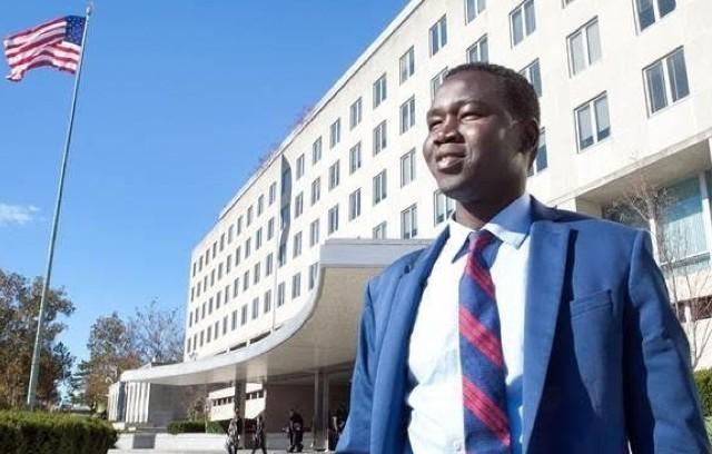 """السوداني """"التائه"""" من مشرد إلى دبلوماسي أمريكي"""