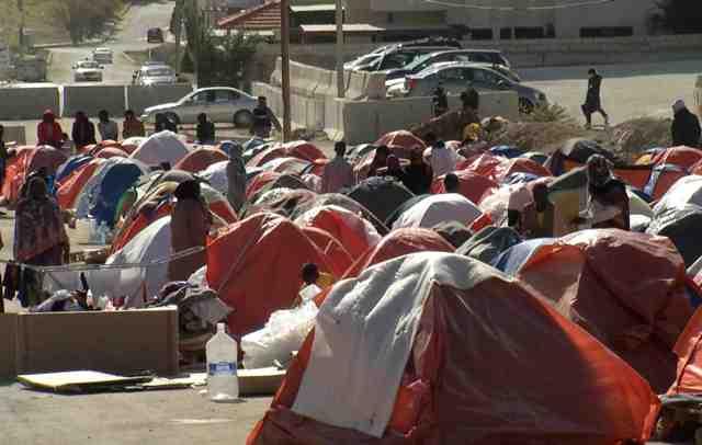 الأردن يبعد 800 لاجئاً سودانيا الى بلادهم