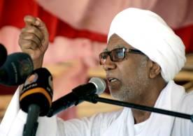 ابراهيم أحمد عمر يوجّه بمقاضاة مسؤول بالحج والعمرة